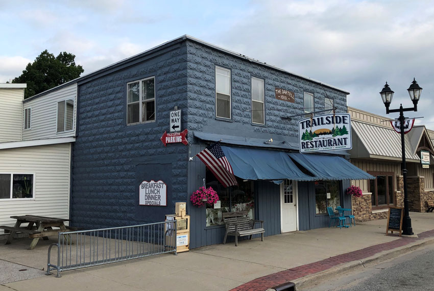 trailside restaurant in new era michigan