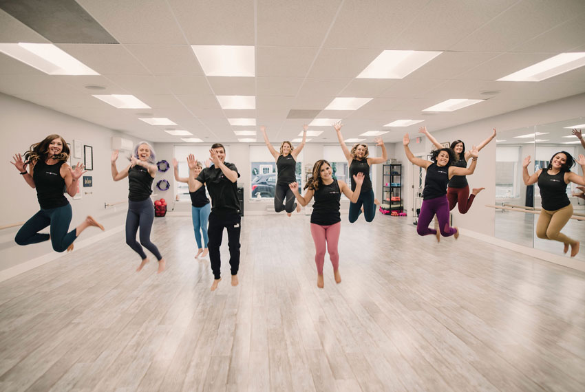 energ fitness trainers jumping in studio